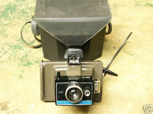 VINTAGE POLAROID COLORPACK II LAND CAMERA W/ CASE CLEAN